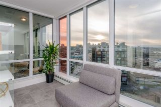 """Photo 11: 1409 1788 COLUMBIA Street in Vancouver: False Creek Condo for sale in """"Epic at West"""" (Vancouver West)  : MLS®# R2392931"""