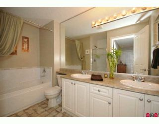 """Photo 9: 35 16760 61ST Avenue in Surrey: Cloverdale BC Townhouse for sale in """"Harvest Landing"""" (Cloverdale)  : MLS®# F2927875"""