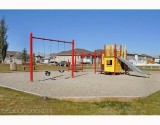 Photo 18: 579 STONEGATE Way NW: Airdrie Residential Attached for sale : MLS®# C3397152