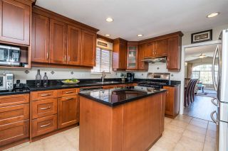 Photo 10: 1371 EL CAMINO Drive in Coquitlam: Hockaday House for sale : MLS®# R2569646