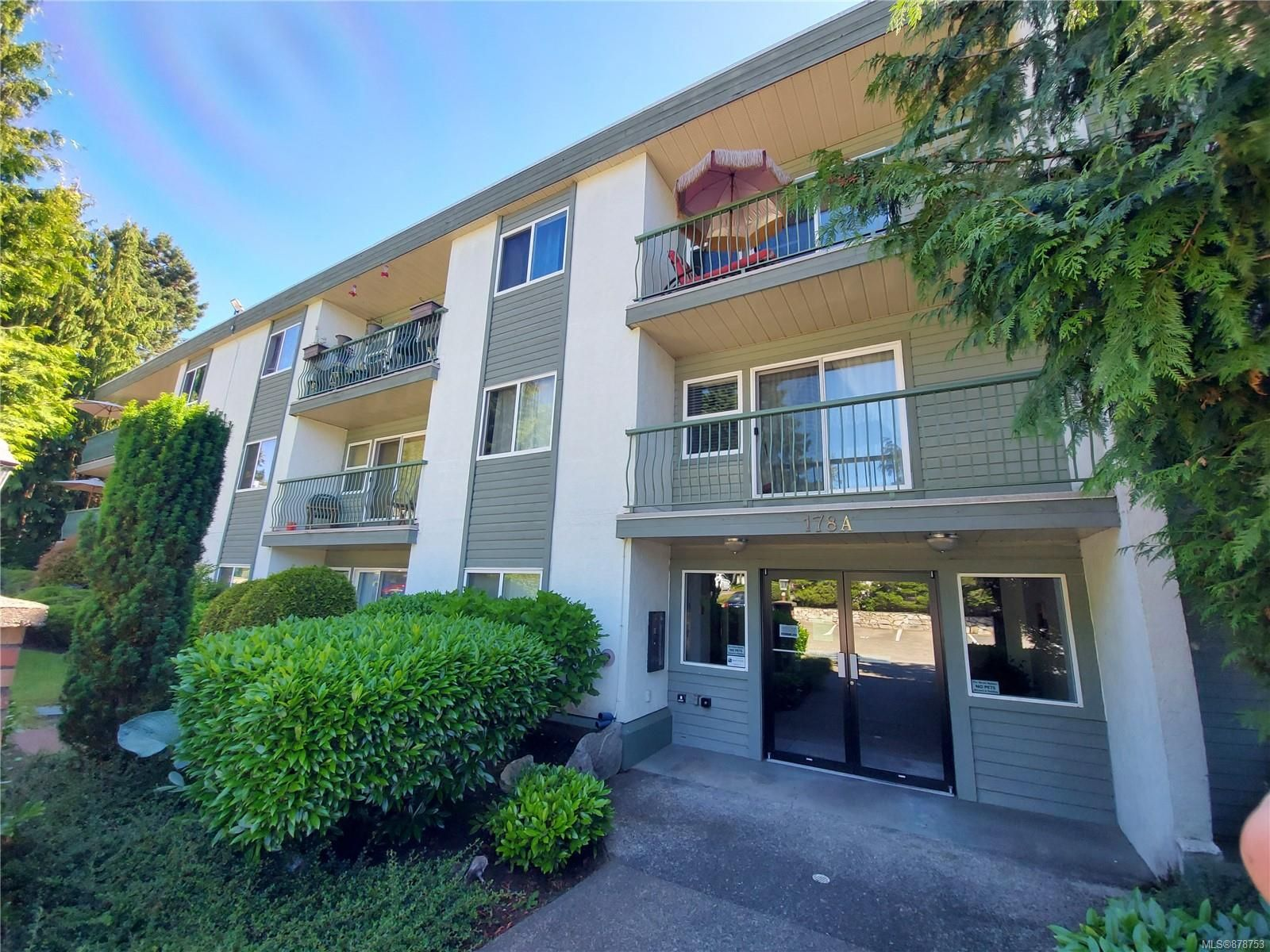 Main Photo: 302A 178 Back Rd in : CV Courtenay East Condo for sale (Comox Valley)  : MLS®# 878753