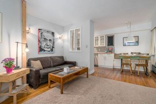 Photo 8: 1 1450 CHESTERFIELD AVENUE in Mountainview: Home for sale : MLS®# R2201153