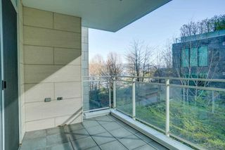"""Photo 27: 104 1139 W CORDOVA Street in Vancouver: Coal Harbour Townhouse for sale in """"HARBOUR GREEN TWO"""" (Vancouver West)  : MLS®# R2582244"""