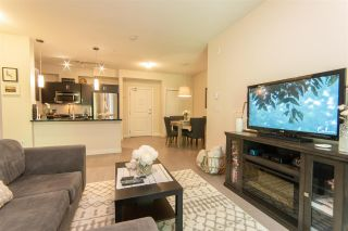 """Photo 5: 206 20058 FRASER Highway in Langley: Langley City Condo for sale in """"Varsity"""" : MLS®# R2587744"""