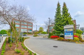 """Photo 32: 307 33540 MAYFAIR Avenue in Abbotsford: Central Abbotsford Condo for sale in """"RESIDENCES AT GATEWAY"""" : MLS®# R2527416"""