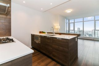 """Photo 3: 2902 4688 KINGSWAY in Burnaby: Metrotown Condo for sale in """"Station Square"""" (Burnaby South)  : MLS®# R2235331"""