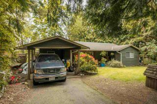 """Photo 2: 20131 49A Avenue in Langley: Langley City House for sale in """"Sundell Gardens"""" : MLS®# R2584110"""