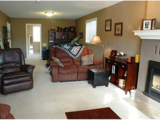 Photo 7: 3672 HESSE Place in Prince George: Pinecone House for sale (PG City West (Zone 71))  : MLS®# N205388