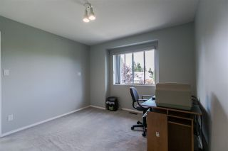 """Photo 10: 108 6109 W BOUNDARY Drive in Surrey: Panorama Ridge Townhouse for sale in """"Lakewood Gardens"""" : MLS®# R2197585"""