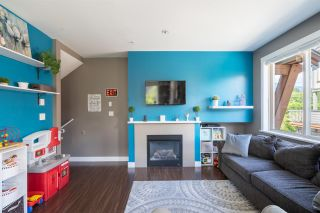 """Photo 2: 13 40653 TANTALUS Road in Squamish: Tantalus Townhouse for sale in """"TANTALUS CROSSING"""" : MLS®# R2462996"""