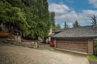 Photo 3: 1305 CHARTER HILL DRIVE in Coquitlam: Upper Eagle Ridge House for sale : MLS®# R2616938