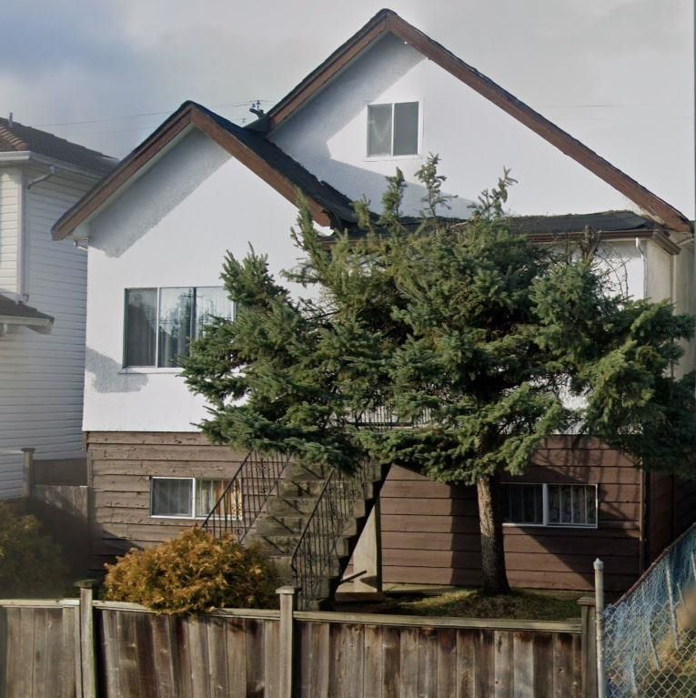 Main Photo: 5025 EARLES Street in Vancouver: Collingwood VE House for sale (Vancouver East)  : MLS®# R2617933