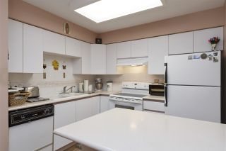 """Photo 3: 210 5375 VICTORY Street in Burnaby: Metrotown Condo for sale in """"THE COURTYARD"""" (Burnaby South)  : MLS®# R2421193"""