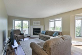 Photo 2: 11020 19 AV NW in Edmonton: Zone 16 Condo for sale : MLS®# E4207443