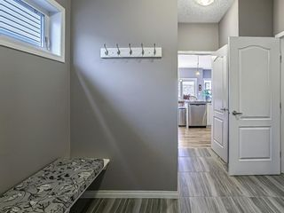 Photo 5: 359 Hillcrest Circle SW: Airdrie Detached for sale : MLS®# A1100580