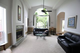 """Photo 3: 4319 210A Street in Langley: Brookswood Langley House for sale in """"Cedar Ridge"""" : MLS®# R2279773"""