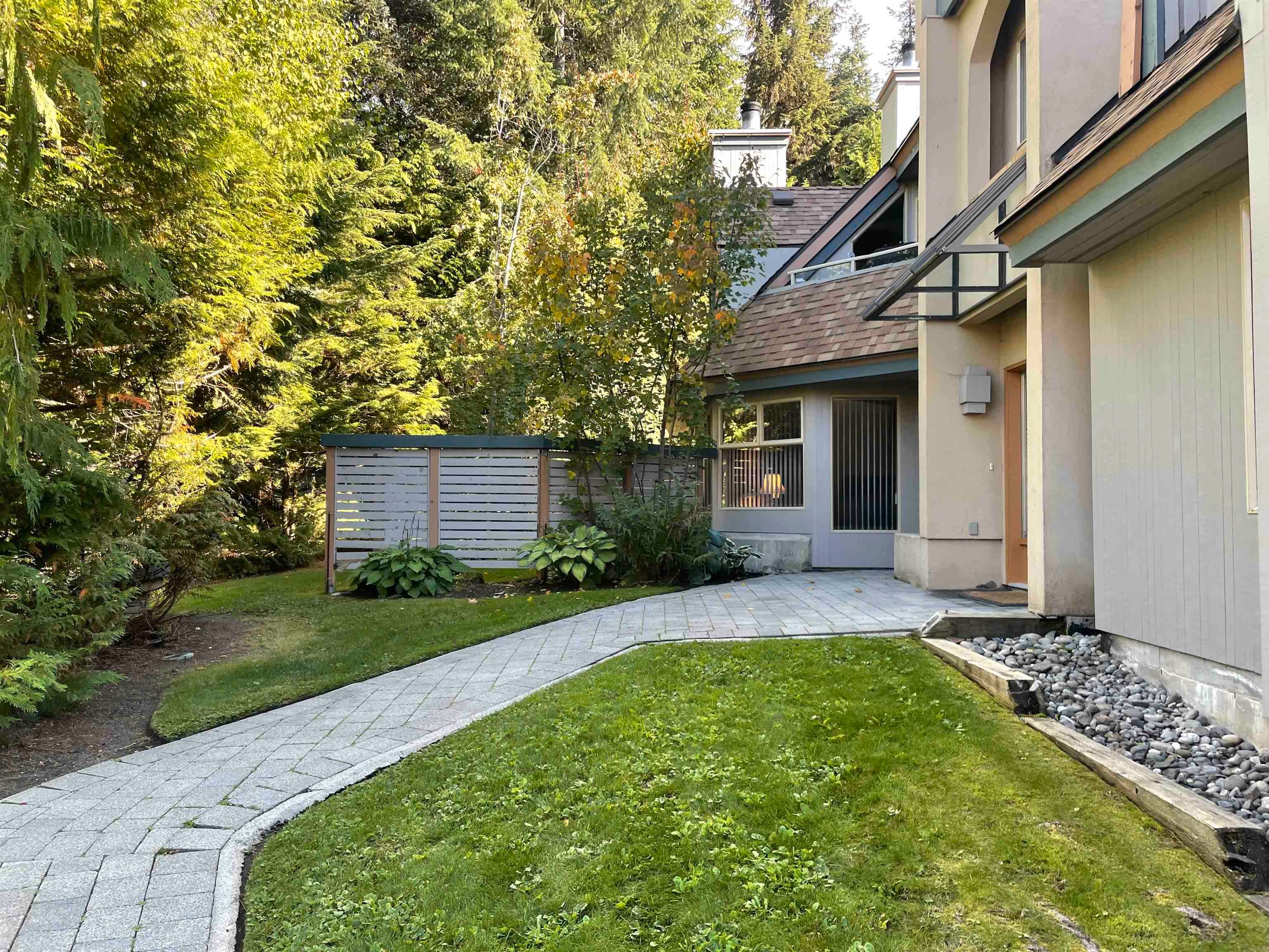 """Main Photo: 6 4636 BLACKCOMB Way in Whistler: Benchlands Townhouse for sale in """"Gleneagles"""" : MLS®# R2619052"""