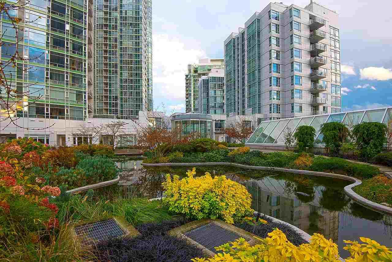 Photo 17: Photos: 302 198 AQUARIUS MEWS in Vancouver: Yaletown Condo for sale (Vancouver West)  : MLS®# R2231023