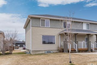 Photo 2: 16 310 Camponi Place in Saskatoon: Fairhaven Residential for sale : MLS®# SK850701