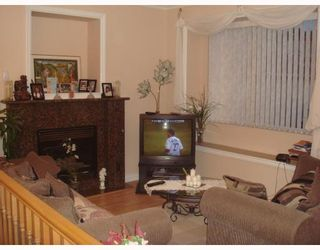 Photo 5: 4938 DOMINION Street in Burnaby: Central BN 1/2 Duplex for sale (Burnaby North)  : MLS®# V768717