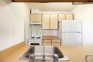 """Photo 17: 521 1040 PACIFIC Street in Vancouver: West End VW Condo for sale in """"CHELSEA TERRACE"""" (Vancouver West)  : MLS®# R2599018"""