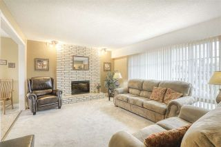 Photo 2: 14653 107A Avenue in Surrey: Guildford House for sale (North Surrey)  : MLS®# R2438887