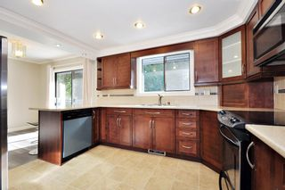 Photo 5: 3222 COMOX Court in Abbotsford: Central Abbotsford House for sale : MLS®# R2114867
