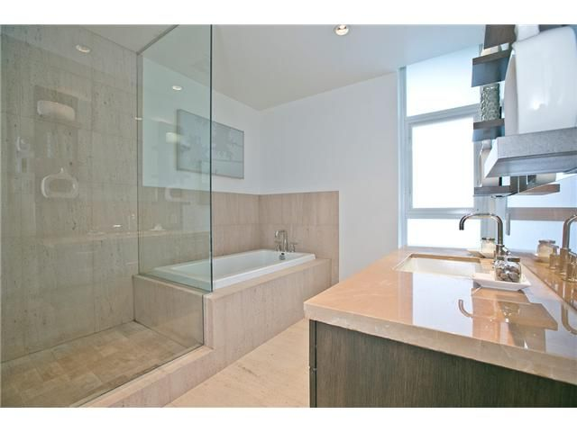"""Photo 38: Photos: 201 6093 IONA Drive in Vancouver: University VW Condo for sale in """"THE COAST"""" (Vancouver West)  : MLS®# V1047371"""