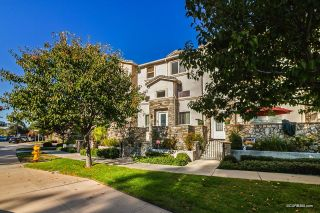 Photo 2: EL CAJON Townhouse for sale : 3 bedrooms : 265 Indiana Ave