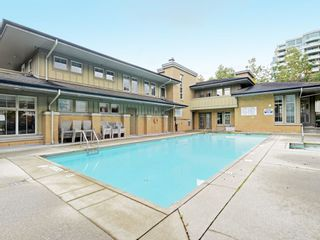 """Photo 18: 5303 5111 GARDEN CITY Road in Richmond: Brighouse Condo for sale in """"LIONS PARK"""" : MLS®# R2438425"""