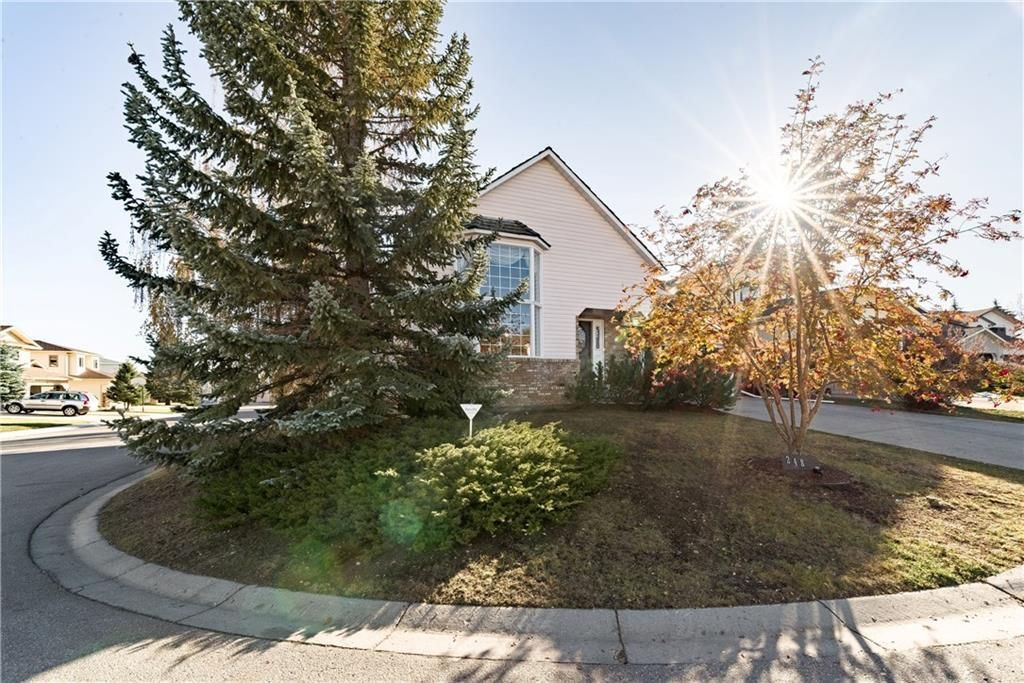Photo 46: Photos: 248 WOOD VALLEY Bay SW in Calgary: Woodbine Detached for sale : MLS®# C4211183
