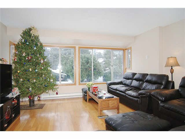 Photo 2: Photos: 9045 CHURCH Street in Langley: Fort Langley Fourplex for sale : MLS®# F1326609