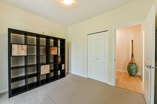 "Photo 6: 315 10180 153 Street in Surrey: Guildford Condo for sale in ""Charlton Park"" (North Surrey)  : MLS®# R2292035"