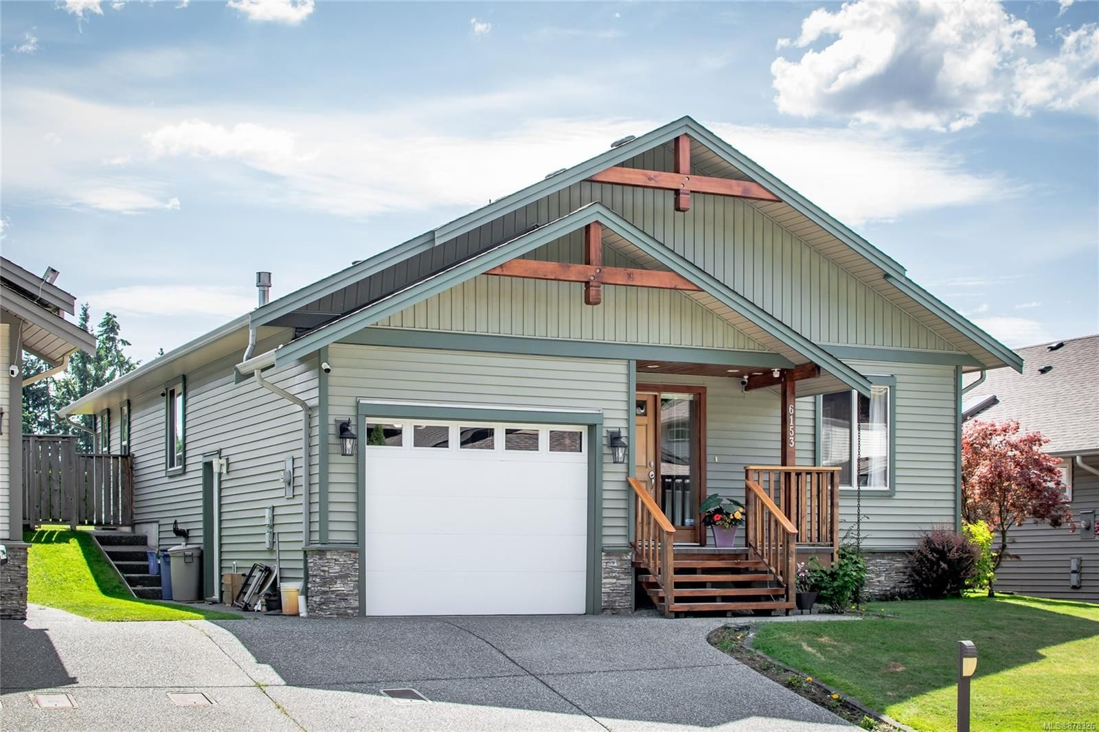 Main Photo: 6153 Dennie Lane in : Na Pleasant Valley House for sale (Nanaimo)  : MLS®# 878326