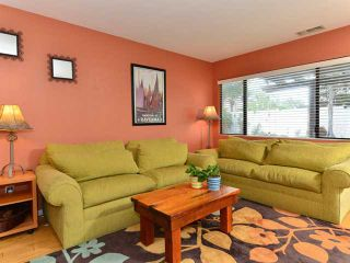 Photo 4: CLAIREMONT House for sale : 4 bedrooms : 3633 Morlan Street in San Diego