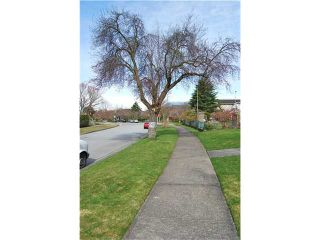 Photo 10: 4742 ELM Street in Vancouver: MacKenzie Heights House for sale (Vancouver West)  : MLS®# V878692
