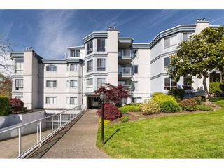 """Photo 3: 101 15941 MARINE Drive: White Rock Condo for sale in """"The Heritage"""" (South Surrey White Rock)  : MLS®# R2591259"""