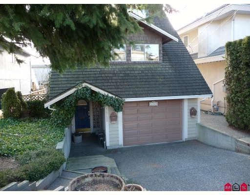 Main Photo: 14722 GOGGS Avenue in White_Rock: White Rock House for sale (South Surrey White Rock)  : MLS®# F2902071
