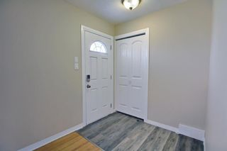 Photo 2: 516 Northmount Place NW in Calgary: Thorncliffe Detached for sale : MLS®# A1130678