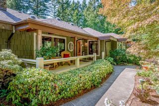 Photo 9: 2982 Smith Rd in Courtenay: CV Courtenay North House for sale (Comox Valley)  : MLS®# 885581