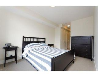 Photo 7: 1313 CIVIC PL in North Vancouver: Condo for sale : MLS®# V897006