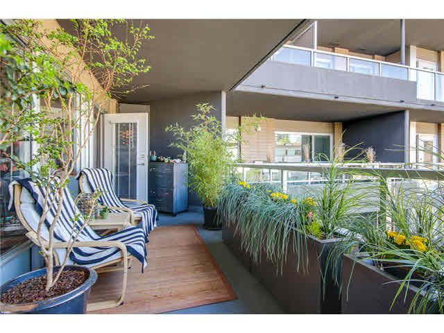 """Photo 15: Photos: 110 1288 CHESTERFIELD Avenue in North Vancouver: Central Lonsdale Condo for sale in """"ALINA"""" : MLS®# V1065611"""