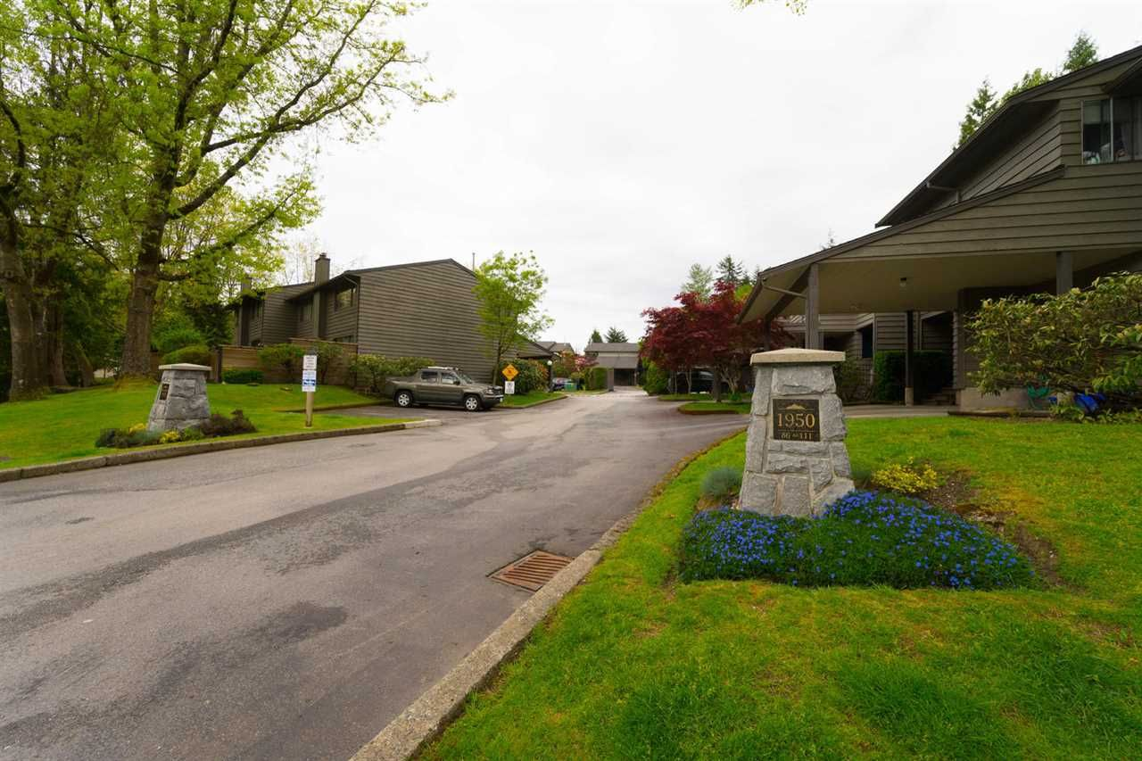 """Main Photo: 106 1950 CEDAR VILLAGE Crescent in North Vancouver: Westlynn Townhouse for sale in """"MOUNTAIN ESTATES"""" : MLS®# R2439112"""