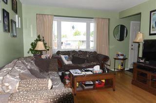 Photo 4: 12 Westmount Bay in Winnipeg: Windsor Park Residential for sale (2G)  : MLS®# 202116282