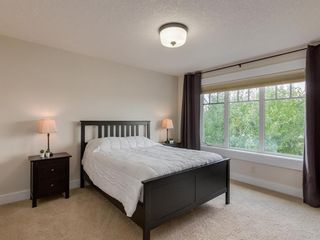 Photo 21: 3808 SARCEE Road SW in Calgary: Currie Barracks Detached for sale : MLS®# A1028243