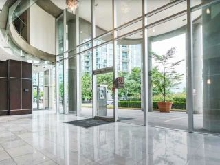 "Photo 28: 305 588 BROUGHTON Street in Vancouver: Coal Harbour Condo for sale in ""Harbourside Park Tower I"" (Vancouver West)  : MLS®# R2575984"