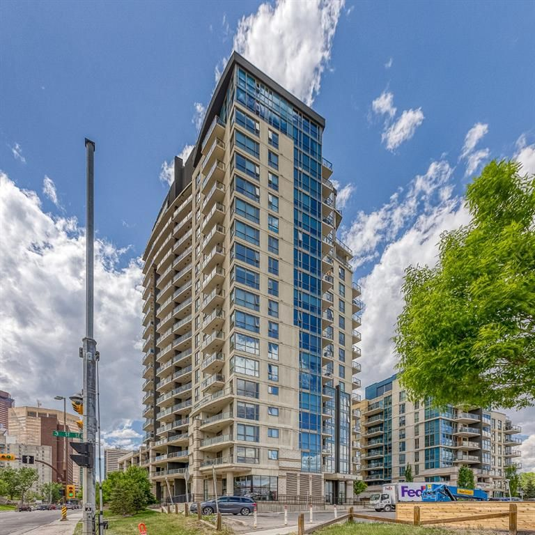 Main Photo: 208 325 3 Street SE in Calgary: Downtown East Village Apartment for sale : MLS®# A1116069