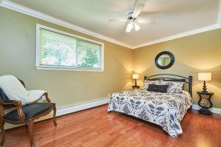 Photo 12: 1313 KENT Street: White Rock House for sale (South Surrey White Rock)  : MLS®# R2247983