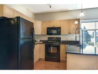 Photo 9: 301 821 Goldstream Ave in VICTORIA: La Goldstream Condo for sale (Langford)  : MLS®# 699445
