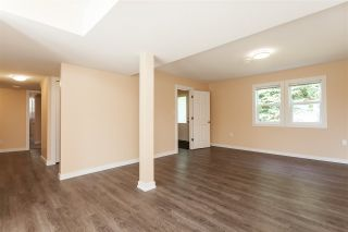 Photo 15: 15278 84A Avenue in Surrey: Fleetwood Tynehead House for sale : MLS®# R2392421